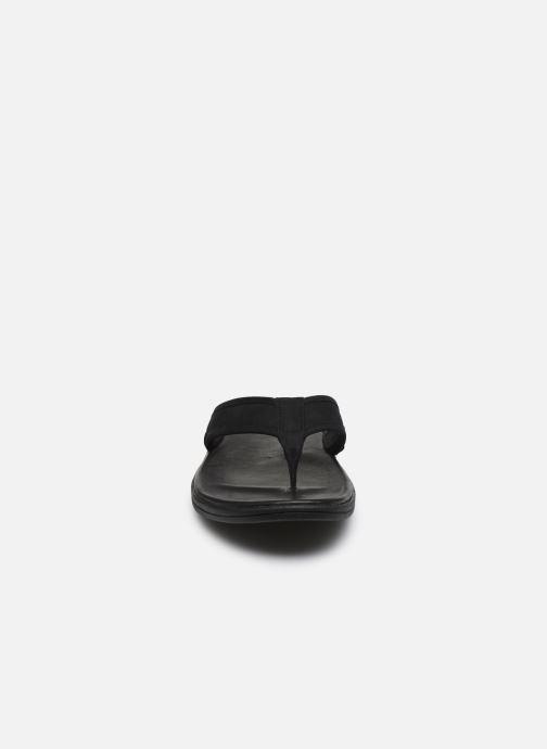 Zehensandalen UGG Seaside Flip Leather schwarz schuhe getragen