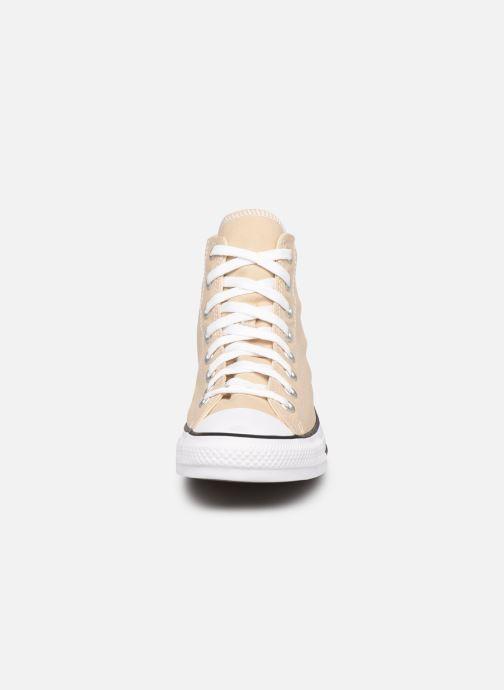 Baskets Converse Chuck Taylor All Star Seasonal Color Hi M Beige vue portées chaussures