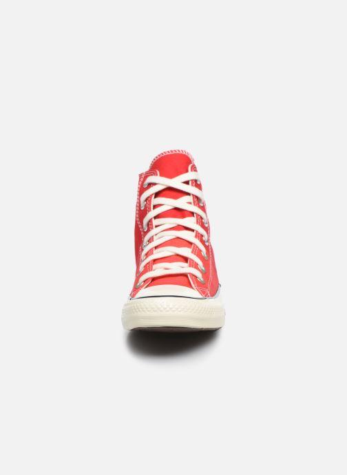 Sneakers Converse Chuck Taylor All Star Self Expression Hi W Rosso modello indossato