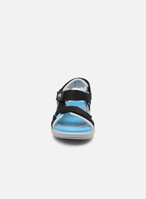 Sandali e scarpe aperte Camper OUS 800360 Nero modello indossato