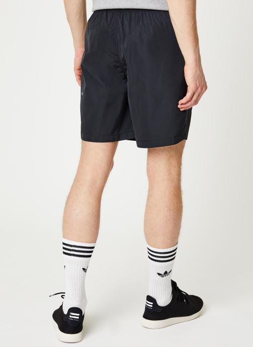 Vêtements adidas performance M Tech Shorts Noir vue portées chaussures