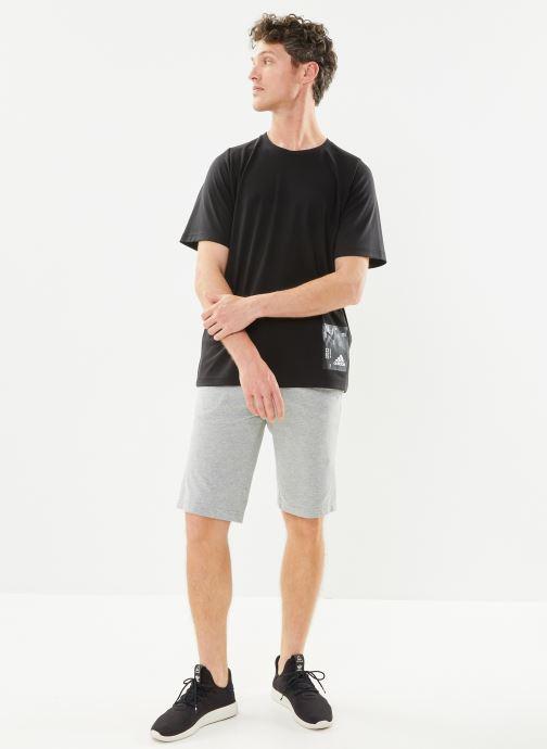 Vêtements adidas performance M Tech Tee Noir vue bas / vue portée sac