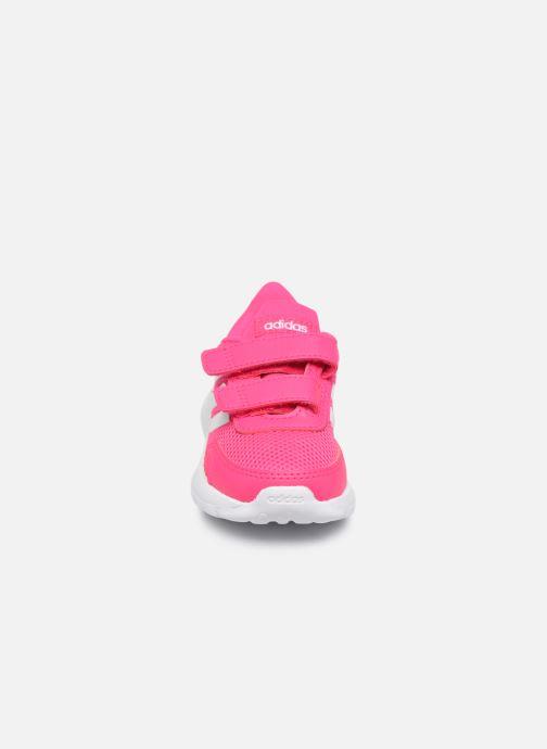 Chaussures de sport adidas performance Tensaur Run I Rose vue portées chaussures