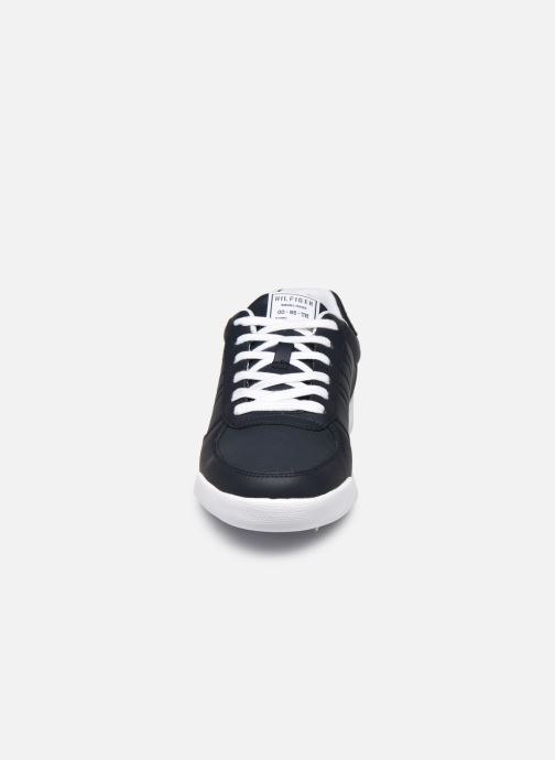Trainers Tommy Hilfiger LIGHTWEIGHT LEATHER SNEAKER FLAG Blue model view