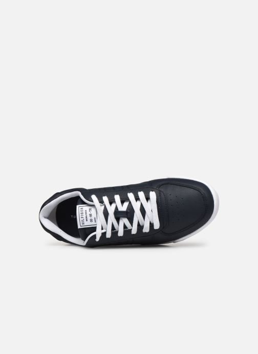 Trainers Tommy Hilfiger LIGHTWEIGHT LEATHER SNEAKER FLAG Blue view from the left