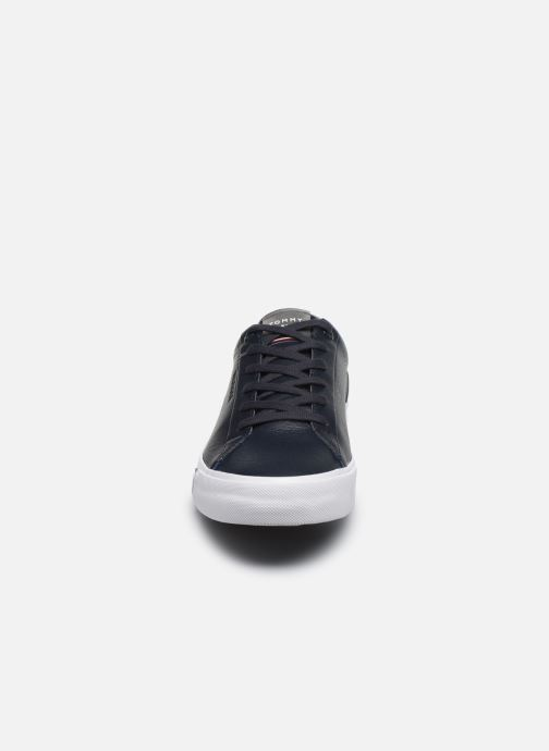 Trainers Tommy Hilfiger CORPORATE LEATHER SNEAKER Blue model view