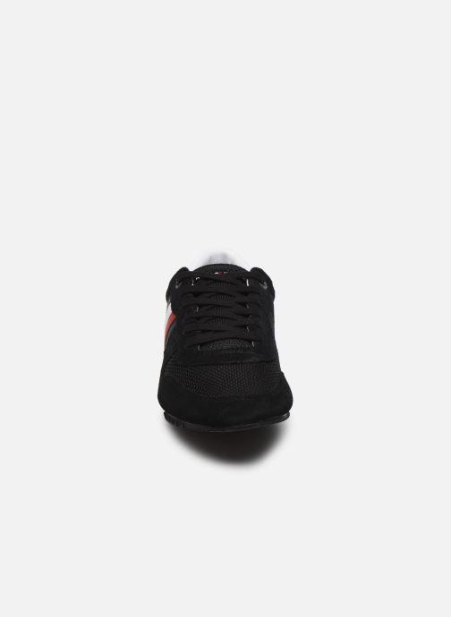 Sneaker Tommy Hilfiger ESSENTIAL MESH RUNNER schwarz schuhe getragen