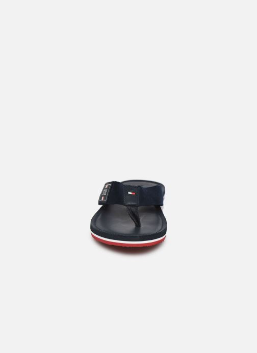 Tongs Tommy Hilfiger ELEVATED TH LEATHER BEACH SANDAL Bleu vue portées chaussures