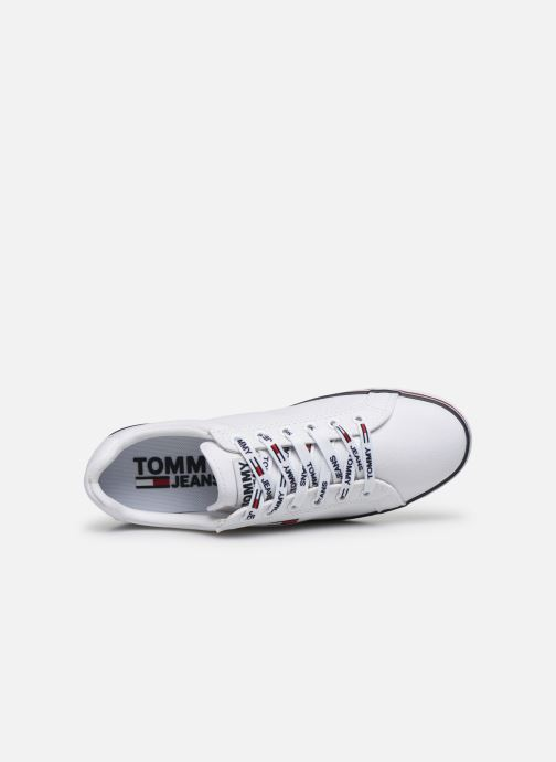 Baskets Tommy Hilfiger ESSENTIAL LACE UP SNEAKER Blanc vue gauche