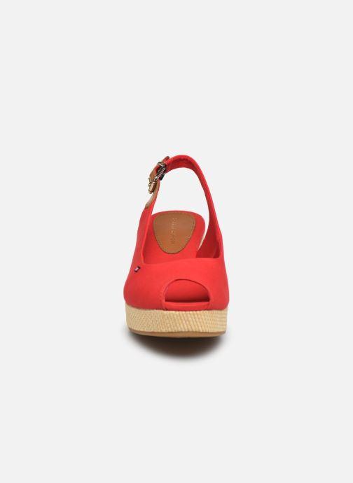 Sandales et nu-pieds Tommy Hilfiger ICONIC ELBA SLING BACK WEDGE Rouge vue portées chaussures
