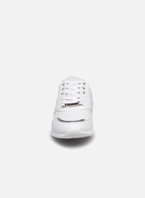 Baskets Tommy Hilfiger METALLIC LIGHTWEIGHT SNEAKERS Blanc vue portées chaussures