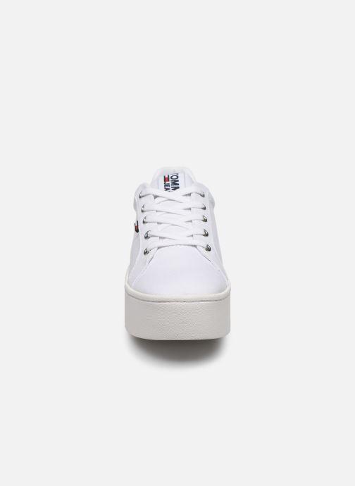 Sneakers Tommy Hilfiger TOMMY JEANS FLATFORM SNEAKER Wit model