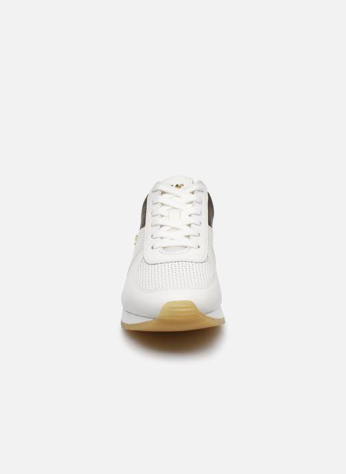 Sneakers Michael Michael Kors ALLIE TRAINER EXTREME Bianco modello indossato