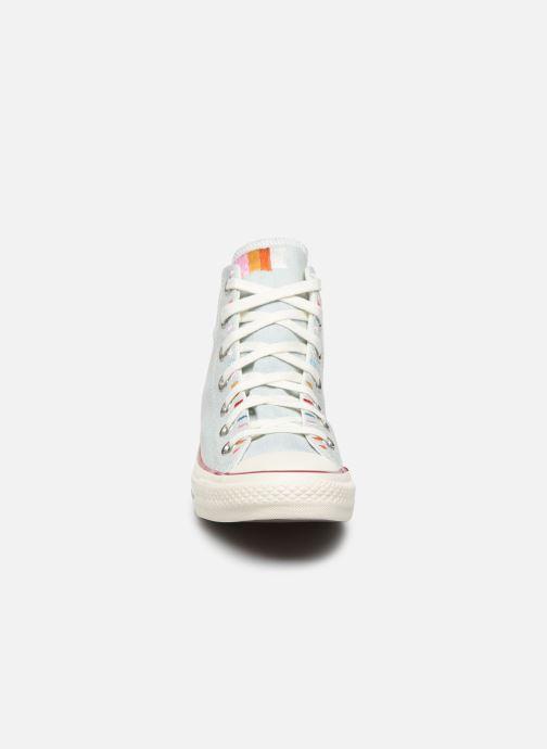 Baskets Converse Chuck Taylor All Star Self Expression Hi Bleu vue portées chaussures