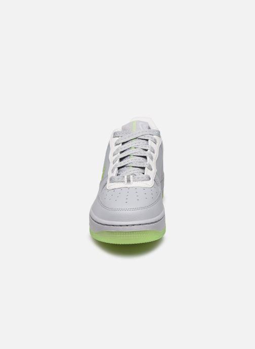 Sneaker Nike Nike Air Force 1 Lv8 3 (Gs) grau schuhe getragen