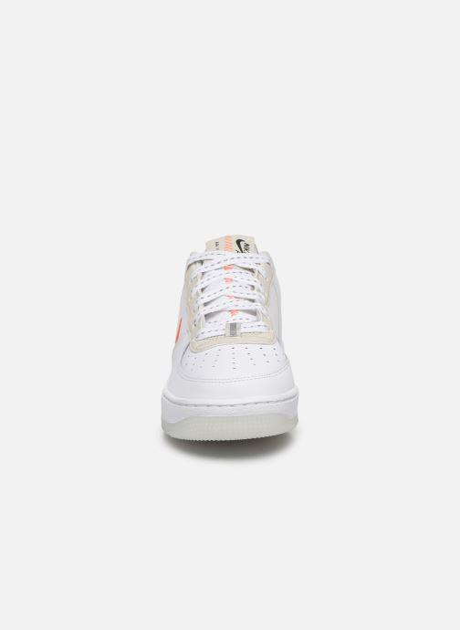Sneaker Nike Nike Air Force 1 Lv8 3 (Gs) weiß schuhe getragen
