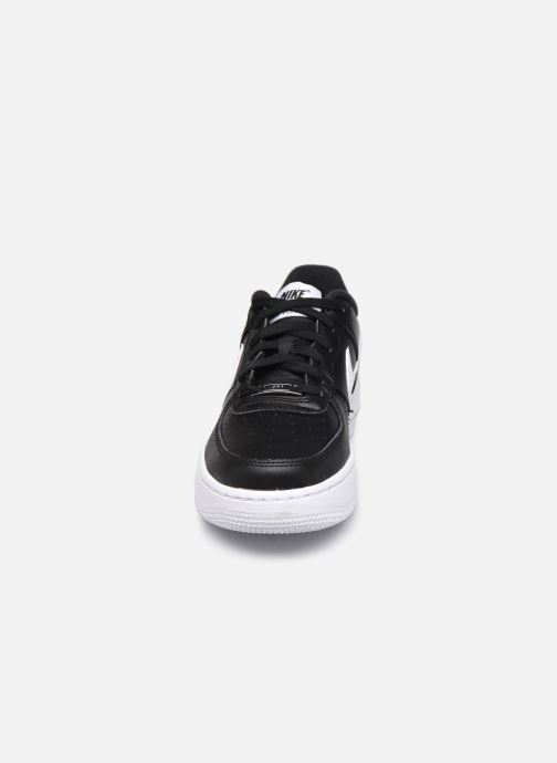 Deportivas Nike Air Force 1 An20 (Gs) Negro vista del modelo