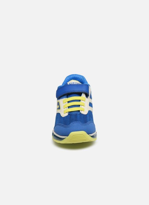 Baskets Geox J Android Boy J0244B Bleu vue portées chaussures