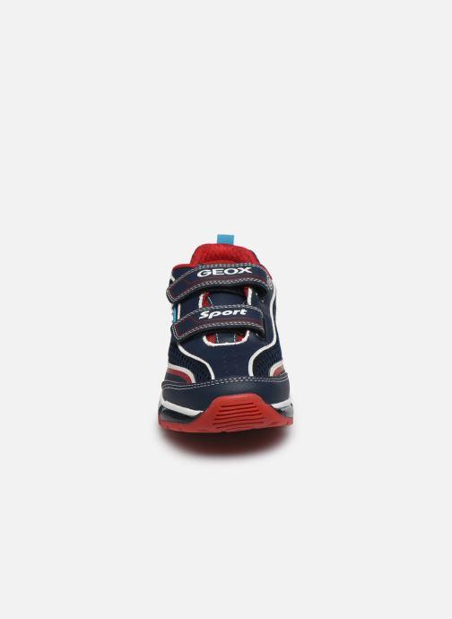 Baskets Geox J Android Boy J0244C Bleu vue portées chaussures