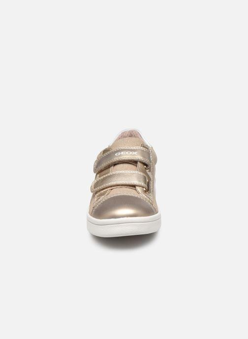 Sneakers Geox J Djrock Girl J024MC Oro e bronzo modello indossato
