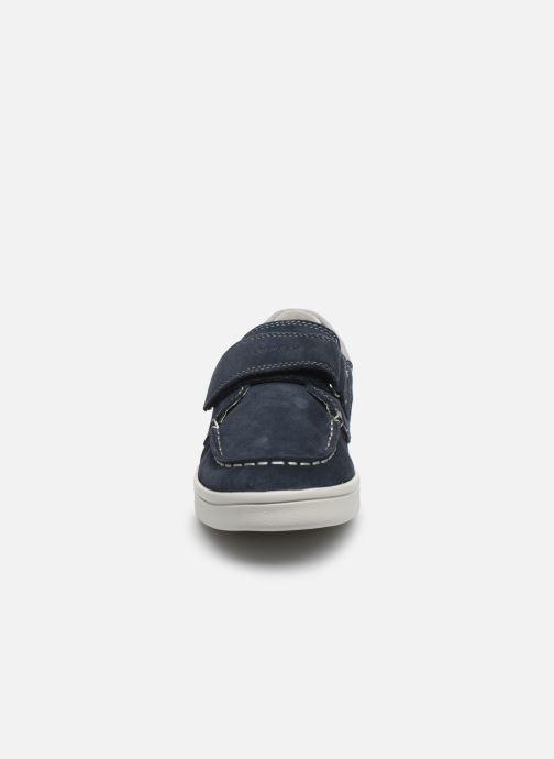 Zapatos con cordones Geox J Djrock Boy J025VA Azul vista del modelo