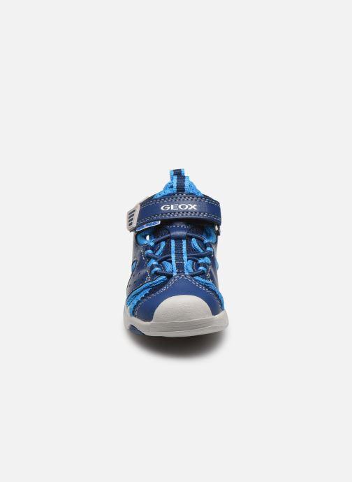 Sandales et nu-pieds Geox B Sandal Multy Boy B020FA Bleu vue portées chaussures