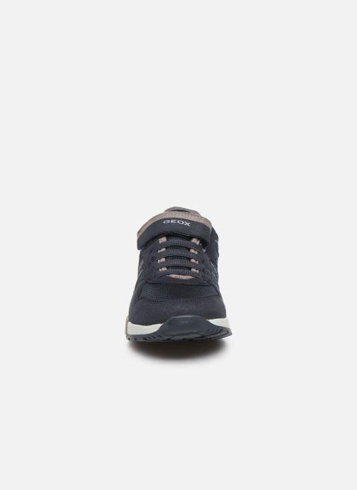 Baskets Geox J Alfier B J826NA Bleu vue portées chaussures