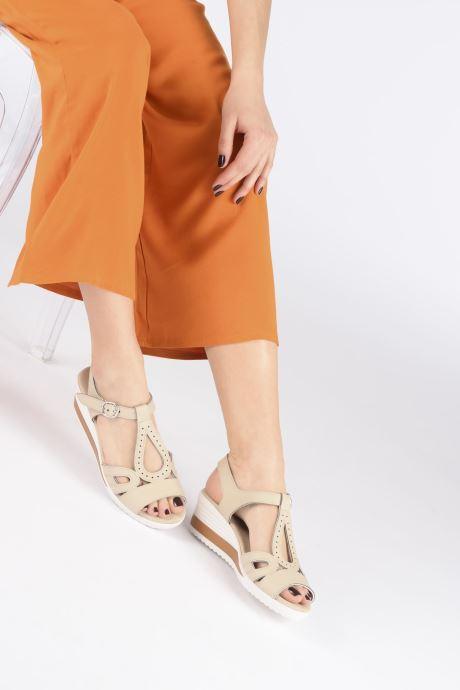 Sandals Damart Laura / Piedical Beige view from underneath / model view