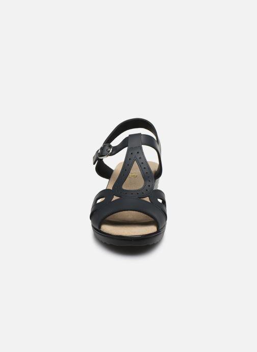 Sandalen Damart Laura / Piedical blau schuhe getragen