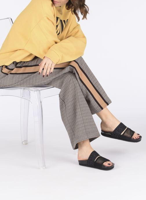 Clogs & Pantoletten adidas by Stella McCartney Stella-Lette schwarz ansicht von unten / tasche getragen