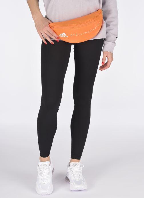 Handtaschen adidas by Stella McCartney Bumbag orange ansicht von unten / tasche getragen