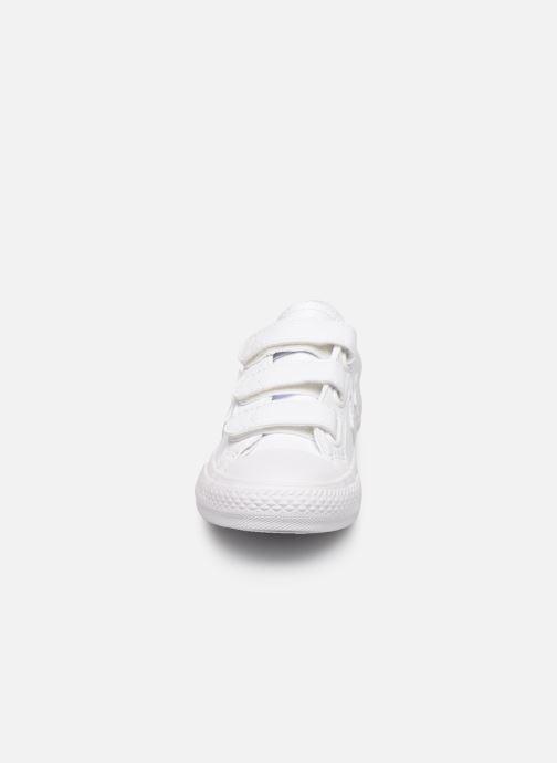 Baskets Converse Star Player 3V LATAM Ox Blanc vue portées chaussures