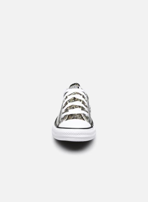 Sneakers Converse Chuck Taylor All Star Coated Glitter Ox Oro e bronzo modello indossato