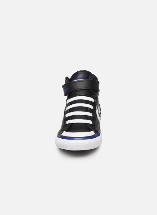 Baskets Converse Pro Blaze Strap Twisted Leather Hi J Noir vue portées chaussures