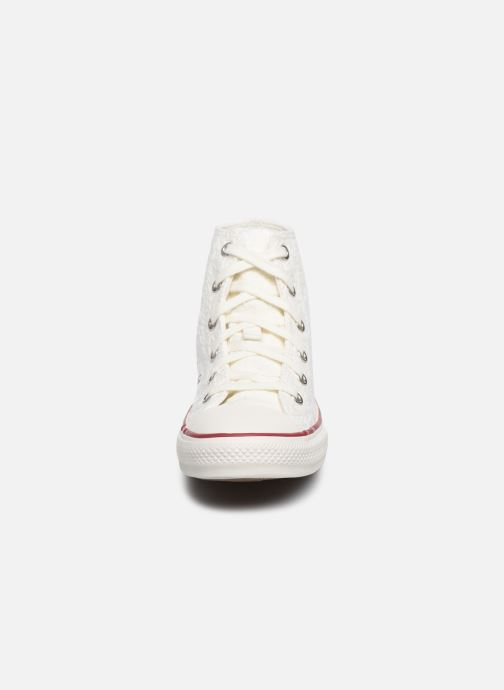 Baskets Converse Chuck Taylor All Star Little Miss Chuck Hi Blanc vue portées chaussures