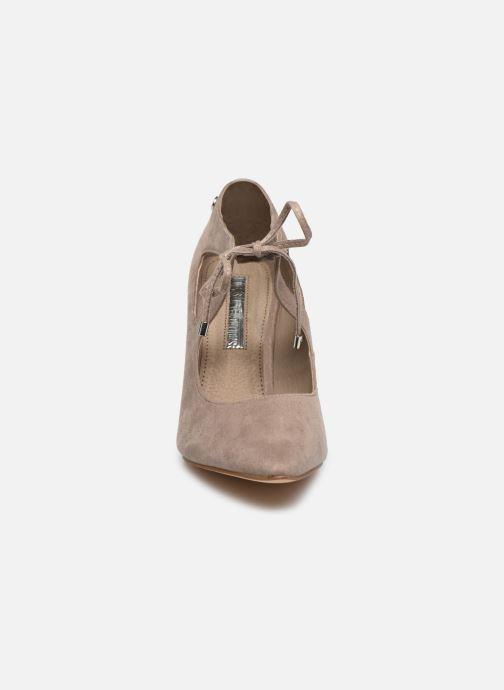 Zapatos de tacón Xti 35004 Beige vista del modelo