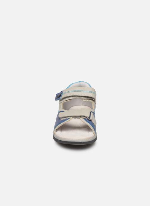 Sandales et nu-pieds Xti 56843 Gris vue portées chaussures