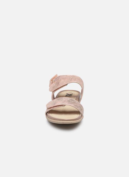 Sandales et nu-pieds Xti 56854 Beige vue portées chaussures