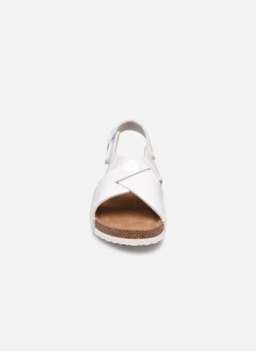 Sandales et nu-pieds Xti 56862 Blanc vue portées chaussures