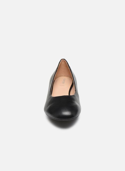 Zapatos de tacón Geox D CHLOO MID D949XB Negro vista del modelo
