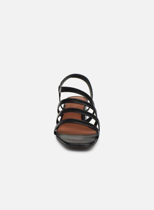 Sandales et nu-pieds Nat & Nin HALLEY Noir vue portées chaussures