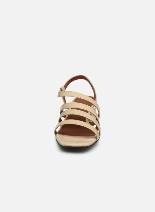 Sandales et nu-pieds Nat & Nin HALLEY Blanc vue portées chaussures