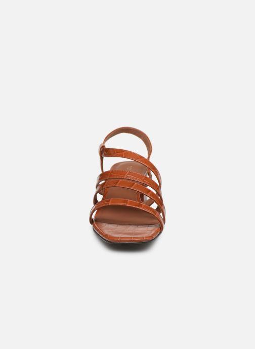 Sandales et nu-pieds Nat & Nin HALLEY Marron vue portées chaussures