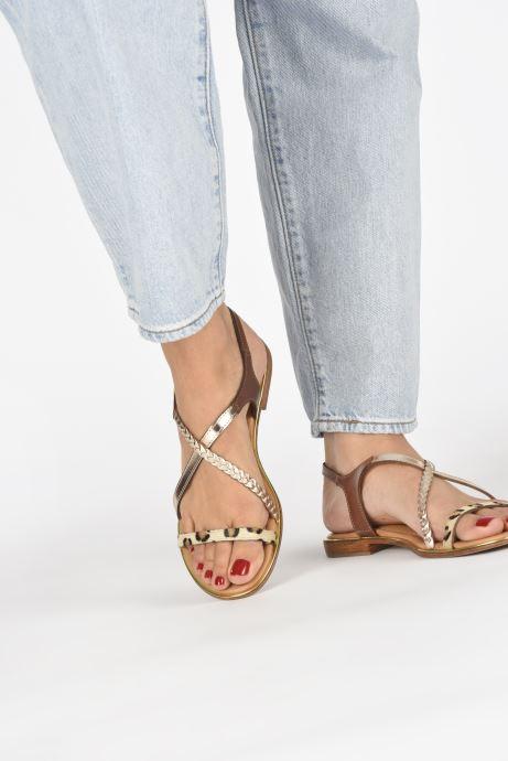 Sandales et nu-pieds Les Tropéziennes par M Belarbi HORSOU Or et bronze vue bas / vue portée sac
