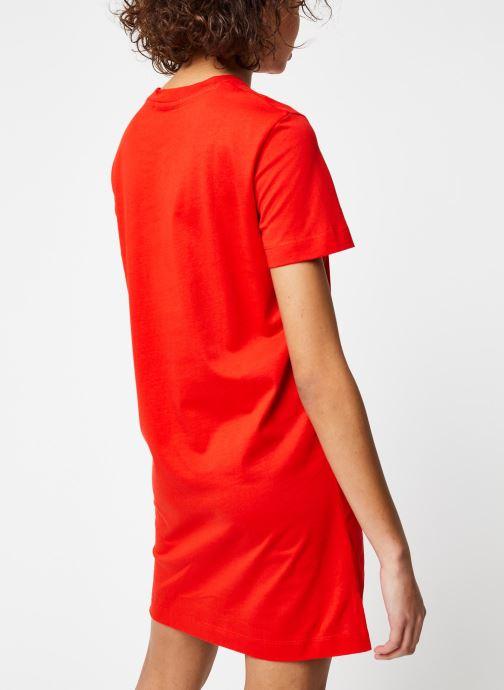 Vêtements Calvin Klein Jeans Institutional T-Shirt Dress Rouge vue portées chaussures