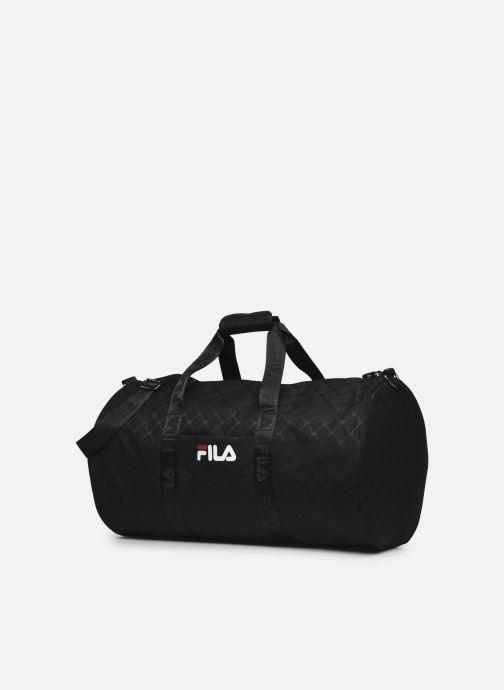 Reisegepäck FILA New Travel Bag schwarz schuhe getragen