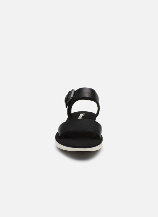 Sandales et nu-pieds Timberland Lottie Lou 1-Band Sandal Noir vue portées chaussures