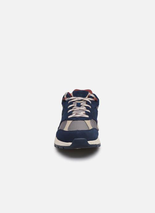 Baskets Timberland Field Trekker Low F/L Bleu vue portées chaussures