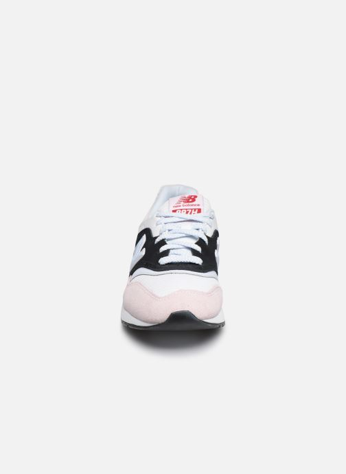 Trainers New Balance W997 - HOLLYSIZ Pink model view