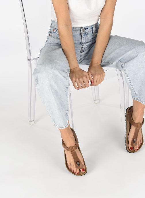Sandales et nu-pieds Birkenstock Kairo Cuir W Marron vue bas / vue portée sac